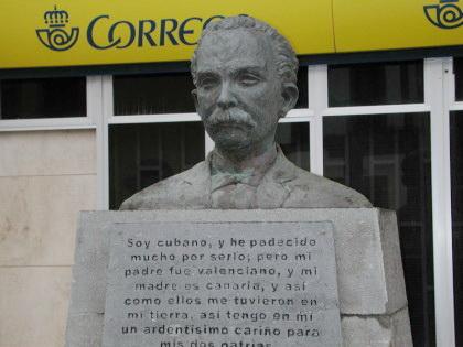 Escultura a José Martí en Telde