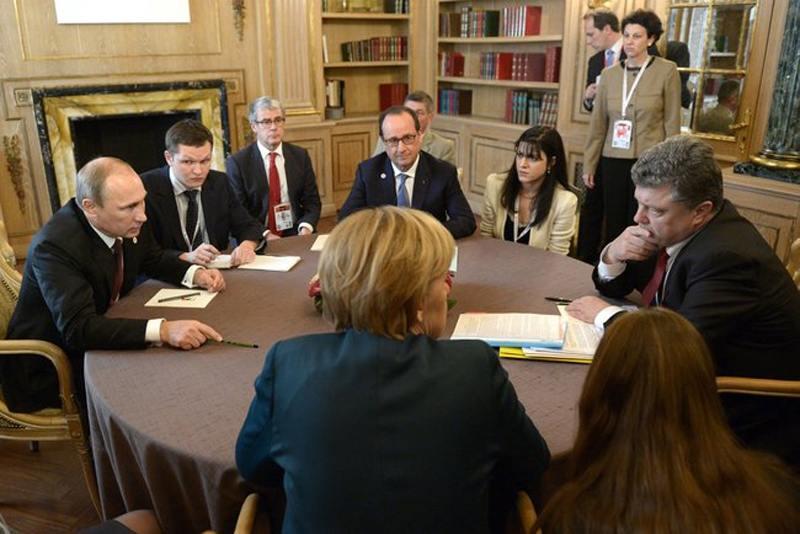 Putin_Merkel_Hollande