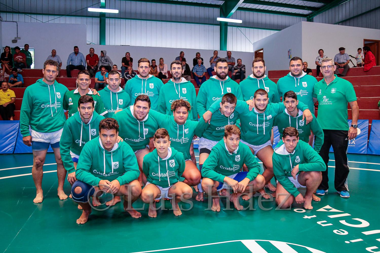 Club Estrella de Sardina del Sur en Lucha Corrida