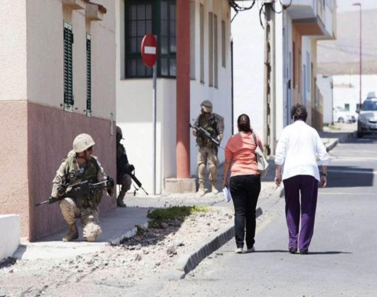 https://www.ondafuerteventura.es/fuerteventura-se-queja-ante-defensa-por-las-maniobras-militares-en-puerto-lajas/